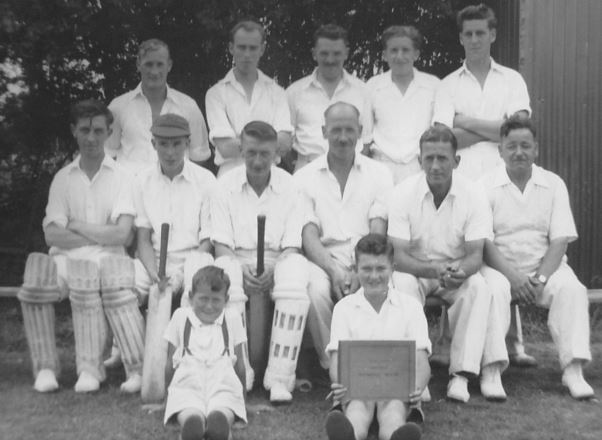 Pickwick Cricket team in 1953 or 1954.