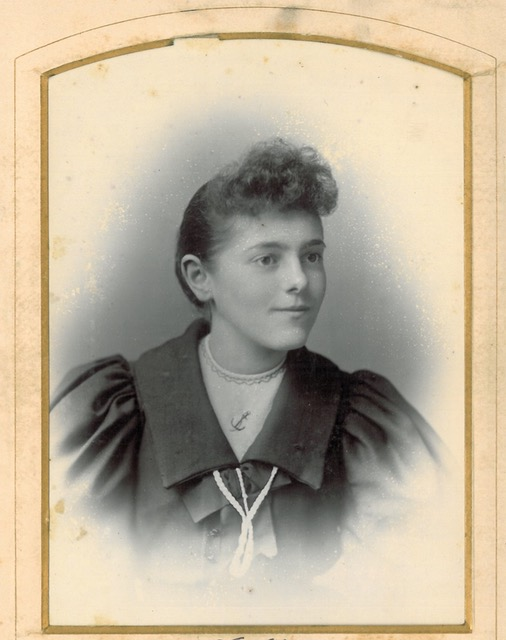 Florence Head nee Lucas - my Grandmother